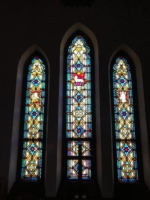 first-lutheran-sanctuary-windows-2